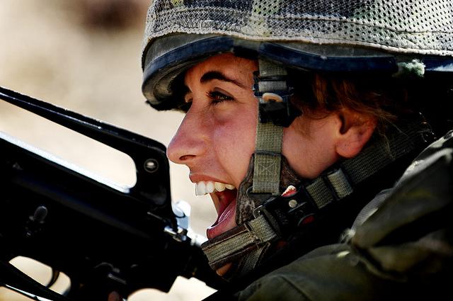 woman_combat